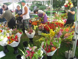 Puyallup Farmers Market Flower Vendors