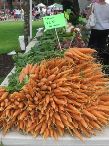 Pretty carrots at the Farmer's Market...just cause they're pretty!